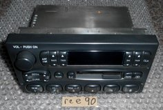 FORD F77F-19B132-BA RADIO OEM 95-97 (T=44) in Fort Campbell, Kentucky
