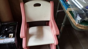Girl's Chair in Baumholder, GE