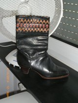 Lovely ladies leather boots in Stuttgart, GE