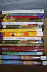 TONS of New French Textbooks in Elgin, Illinois