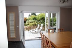 Large and modern 103 sqm Apartment with 5 rooms, 2 bathrooms, 1 kitchen and a nice terrace in Spangdahlem, Germany