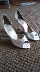 Bridal shoes size 9 in Plainfield, Illinois