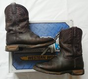 Tony Lama TLX TW903Y Work Boots Youth/Boys size 4 w/ Box in Salina, Kansas