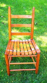 Antique Shaker Style Ladder Back Chair Bent Wood Seat Slats in Naperville, Illinois