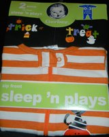 NEW Gerber Sleep 'N Plays Halloween Sleepers Lot Onesies 0-3 Months in Kingwood, Texas