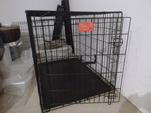 Dog crate in bookoo, US