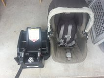 REDUCED! Peg Perego car seat with TWO bases in Beaufort, South Carolina