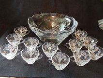Anchor Hocking glass punch bowl and 15 cups in Houston, Texas