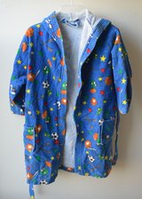 Childs Hooded Bath / After Swim Robe Size Large (6-8) in Chicago, Illinois