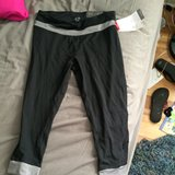 Cute Womans Workout Capris size M in Oswego, Illinois