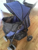 pet stroller in Bolingbrook, Illinois