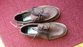 Sperry Top-Siders size 4 (youth) in St. Charles, Illinois