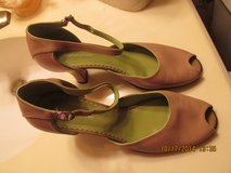 "Womens ""Naturalizer"" Heels Size 8 Wide - Like New Condition in Kingwood, Texas"