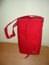 Red, Eddie Bauer, Carry Along or Picnic Wine Pouch (T=7) in Fort Campbell, Kentucky