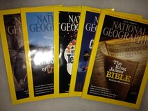 Set of 5 National Geographics in Excellent condition in Fort Bliss, Texas