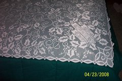 brand new white & ivory lace holly tablecloths in Goldsboro, North Carolina