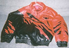 Viper Leather Jacket w/Leather Hat in Tacoma, Washington