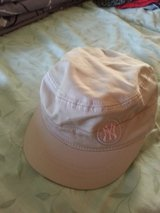 girls NY baseball Cap in Ramstein, Germany