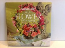 SOUTHERN LIVING SIMPLE FLOWER ARRANGING in Lockport, Illinois