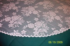 new 52x70 & 60x104 white lace Rose Bouquet tablecloths in Goldsboro, North Carolina