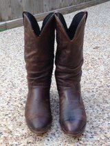 DURANGO CRUMPLED DISTRESSED BOOTS 10 B in Kingwood, Texas
