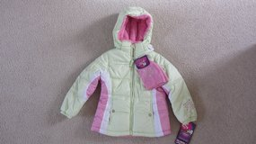NEW girls winter jacket sz 5/6 in Lockport, Illinois