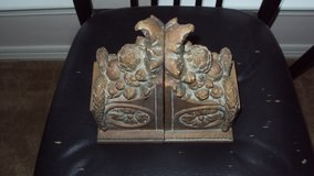 Beautiful Book Ends Set Of 2 in Kingwood, Texas