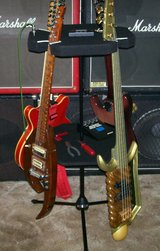 Guitar Stand holds 4 guitars or basses & Spins in Yucca Valley, California