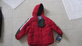 NEW boy winter jacket sz 4 in Lockport, Illinois