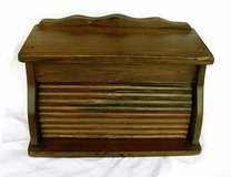 VINTAGE WOOD BREAD BOX Roll Lid in Westmont, Illinois