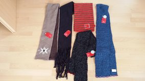 NWT ladies scarves in Ramstein, Germany