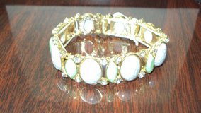 Green & White Fashion Jewelry Bracelet in The Woodlands, Texas