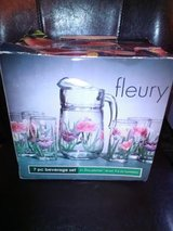 New / Floral 7 Piece Beverage Pitcher Set in Fort Campbell, Kentucky