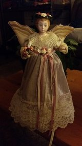 Moving Victorian Christmas Angel Tree Topper in Tacoma, Washington