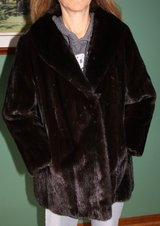 Black Diamond Natural Female Ranch Mink Stroller Fur Coat Size 16 32 inch length in Bolingbrook, Illinois