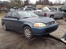 1998 Honda Civic 4 Door for parts in Camp Lejeune, North Carolina