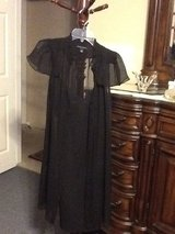 Gown 2pcs. in Cleveland, Texas