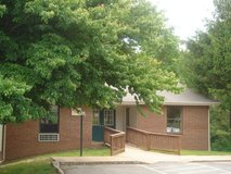 DICKSON, TN- Valley View Apartments in Clarksville, Tennessee