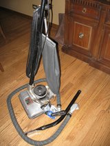 Hoover Special Model 425 vacuum cleaner with attachments and extra belt in Lockport, Illinois
