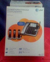 REDUCED!! AT&T Dect 6.0 Digital Corded/Cordless 3 Handset Answering System in Conroe, Texas