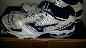 Mizuno Volleyball Court Shoes in Fort Lewis, Washington