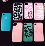 iPhone CASES (4,4s) Like NEW in Kingwood, Texas