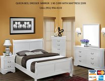 NEW 4 PC QUEEN SLEIGH BED SET in Riverside, California