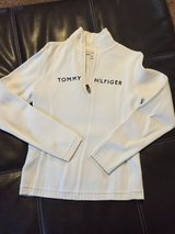 Tommy hillfiger sweater in St. Charles, Illinois