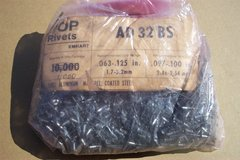 1000 PC. BAGS OF POP RIVETS in Bolingbrook, Illinois