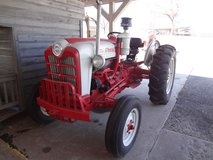 Ford 861 Diesel Tractor in Fort Campbell, Kentucky