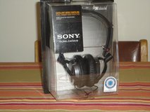 "SONY ""HEAD PHONES"" in Naperville, Illinois"