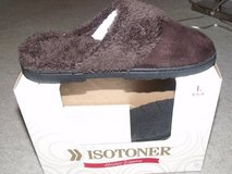 ***BRAND NEW***Ladies Isotoner Slippers**SZ 8.5-9 in Kingwood, Texas