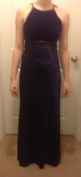 Purple halter gown, sz 3/4 in Fort Campbell, Kentucky