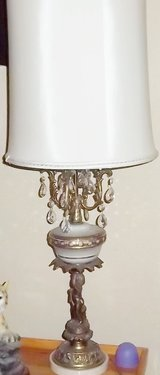 Vintage table lamp with angel and marble base in Alamogordo, New Mexico